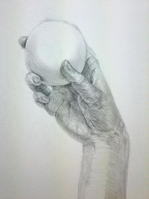 手とゴムボールのデッサン
