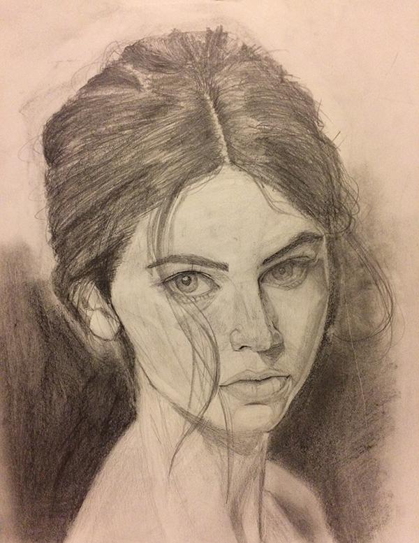 女性の顔写真のデッサン