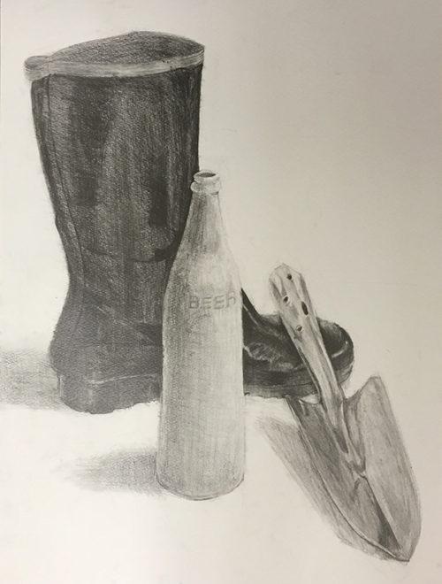 黒の長靴、金属製のスコップ、白のペンキで塗られた瓶のデッサン
