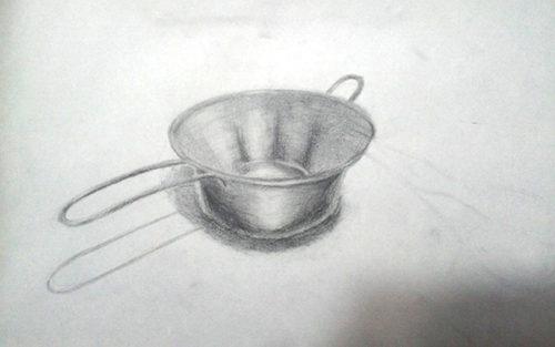 取手が付いたアルミの器のデッサン