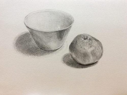 陶器の器とみかんのデッサン